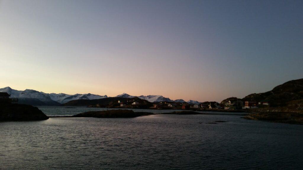 Dämmerlicht in Sommarøy