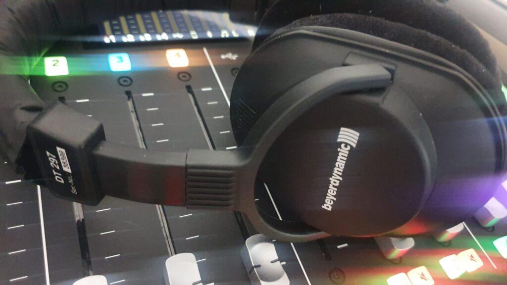 Neues Headset und Mischpult